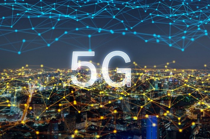 The multidimensional challenge curve of 5G